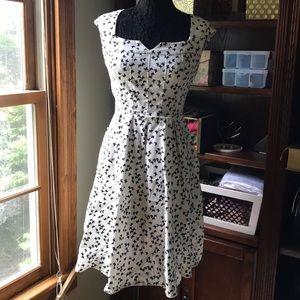 Eshakti white 10 medium butterfly dress